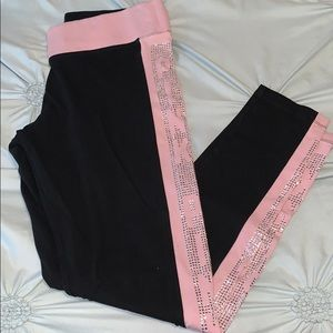 PINK bedazzled leggings!